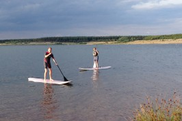 SUP Stand up Paddling – Spaß, Erholung & ein effektives Ganzkörper-Workout